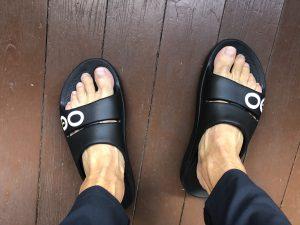 OOFOS OOahh Slide Black